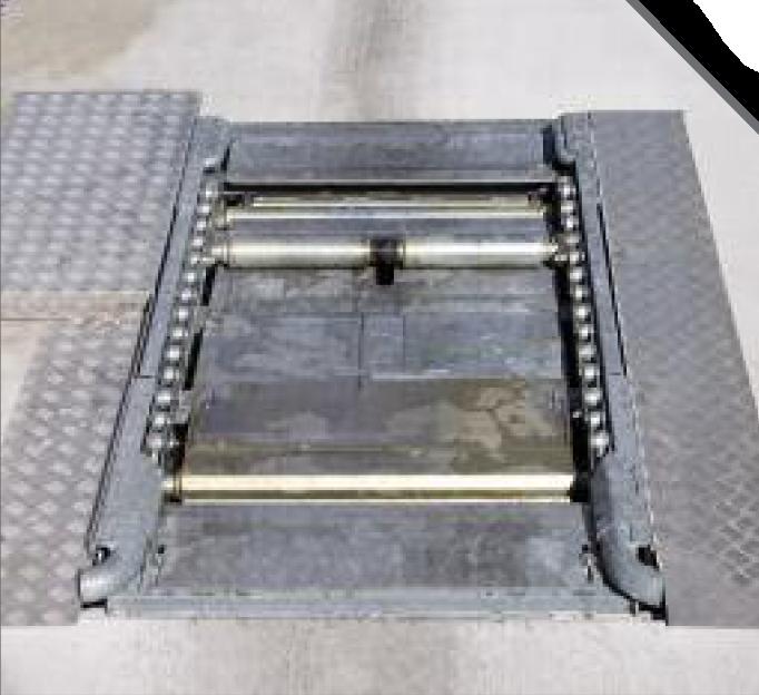 Pre-łańcuch z automatycznym systemem wejściowym na głównym przenośniku łańcuchowym